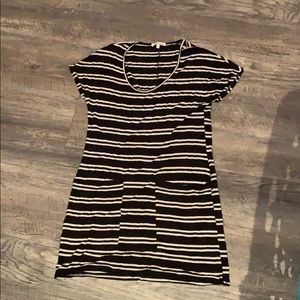 Black and white stripped T-shirt dress w pockets